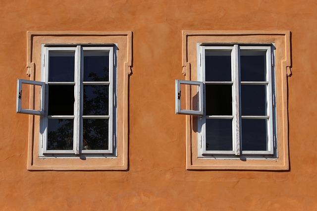 šestidílná okna