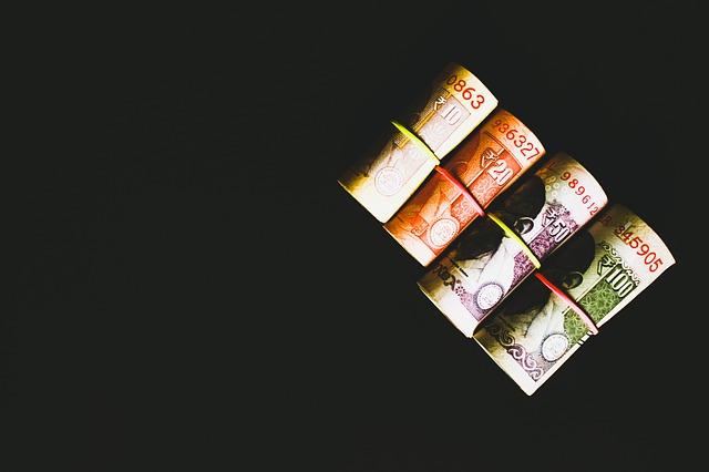 papírové bankovky, barevné roličky